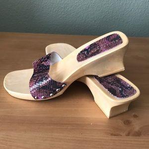 Hillard & Hanson Italian leather sandals